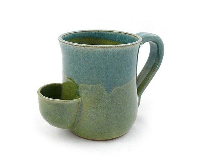ea Mug - Hand-Sculpted Stoneware with Tea Bag Holder
