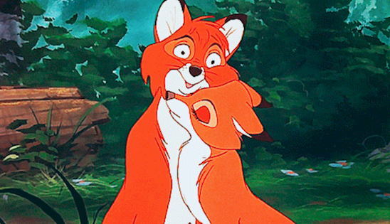 16 scenes from disney movies turned hilarious by a pause button