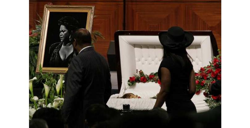 Celebrity open casket funerals - Rolling Out