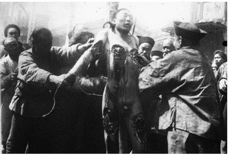 Picture of Painful Ling Chi execution